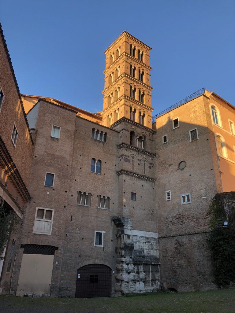 Ale Invitti: Casas romanas Celio
